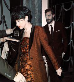 Jamie and Amelia leaving Claridges Hotel in London.