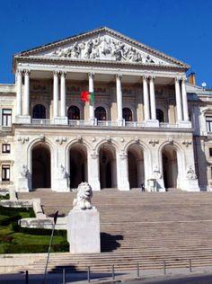 O Palácio de São Bento, sede do Parlamento de Portugal desde 1834.