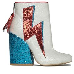 Ziggy Glitter Ankle Boots in White-Sprinkle our universe with the Ziggy Lightning Bolt Glitter Ankle Boots by Y. These David Bowie inspired festival boots features full on white glitter PU leather upper with red glitter lightning bolt deta Glitter Outfit, Glitter Fashion, Glitter Heels, White Glitter, Glitter Nikes, Glitter Converse, Glitter Uggs, Glittery Nails, Sock Shoes