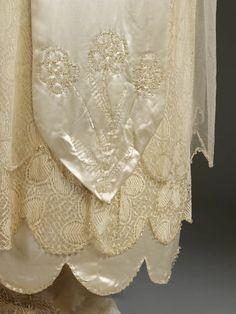 Bildergebnis für aida woolf wedding dress