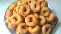 Tutorial con imágenes paso a paso y vídeo para elaborar fácilmente rosquillas de anís caseras muy fáciles. Receta de rosquillas de anís caseras muy fácil.