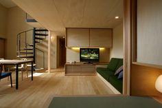 さかのぼること3年 鹿児島市星ヶ峯南台に ベガハウスのショーホーム「庭間の家」がありました その家は正面をコンクリートの本実(木肌)と木格子で覆われて...