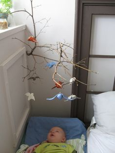 DIY: Owl Mobile, like the branch coming out of the corner visit site for lots of owl links Homemade Baby Mobiles, Homemade Mobile, Cool Baby, Owl Mobile, Branch Mobile, Elephant Mobile, Reggio Inspired Classrooms, Infant Classroom, Diy Bebe