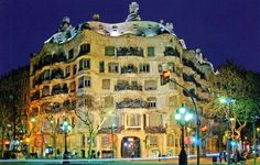 Casa Mila – La Pedrera: A Gaudí designed building in Paseo de Gracia (Barcelona) - The best places in Spain