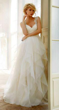 dream wedding dress #gown #fashion #chic