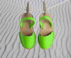 Fluor Verde Mujer - Menorca Meva Menorca, Cute Flats, Mary Janes, Comfy, Sandals, Beautiful, Shoes, Fashion, Over Knee Socks