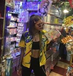 Neon and sparkly aesthetics and style for young womens Cool Outfits, Fashion Outfits, Womens Fashion, Simi Haze, Khadra, Fashion 2020, Celebrity Style, Street Wear, Style Inspiration