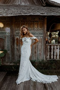 Fall in Love with The Sexy, Romantic, and Sophisticated Lovers Society Fall 2019 Bridal Collection November 2018 New Wedding Dresses, Boho Wedding Dress, Wedding Shoot, Wedding Hair, Wedding Stuff, Dream Wedding, Wedding Ideas, Romantic Wedding Colors, Elegant Wedding