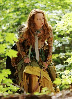 Dakota Blue Richards in 'The Secret of Moonacre' (2008).