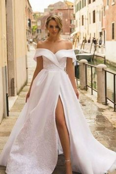 Lace Embroidered White Wedding Gown with Shoulder-to-shoulder Neckline White Wedding Gowns, Pink Wedding Dresses, Princess Wedding Dresses, Elegant Wedding Dress, Designer Wedding Dresses, Bridal Dresses, Trendy Wedding, Modest Wedding, Lace Wedding