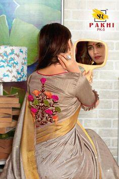 Items similar to Soft cotton saree/ saree for women/ indian saree / designer saree / wedding saree / beautiful saree / sarees / saree blouse / sari on Etsy Simple Kurta Designs, Fancy Blouse Designs, Bridal Blouse Designs, Blouse Neck Designs, Stylish Blouse Design, Indian Designer Outfits, Couture, Running Art, Sari