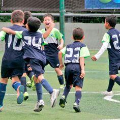 En este Regreso a Clases La Academia de Fútbol Alianza Arena FC ya tiene sus inscripciones abiertas para niños y niñas de 3 a 17 años de edad. Aquí encontrarás Aprendizaje, Formación y Entrenamiento... Inscríbete Ya!!! Te esperamos. Contáctanos: 0414-139.50.90 / 0414-314.39.97 / 0414-305.59.51. Horario: Lunes a Jueves de 3:00 a 6:00 pm. Más Información visita: http://www.guiafelizfindesemana.com.ve/2016/09/academia-de-futbol-alianza-arena-fc.html