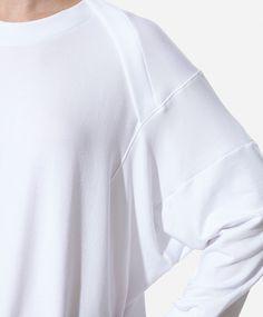 Studio sweatshirt with batwing sleeves - OYSHO