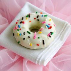 Cake Ball Doughnuts!  A cute spin on a favorite.