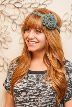 Detailed Crochet Flower Headband - doesn't have instructions, but I bet it would be easy to figure out!