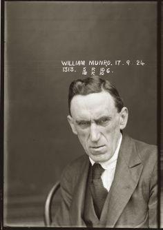 William Munro, le 17 septembre 1924,commissariat central deSydney | Il est accusé d'avoir obtenu de la «march...