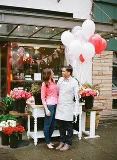 Floral Pop Up Shop + Tips on Floral Arranging