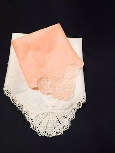 Antiques Just Beautiful Embroidered Crinoline Lady Handkerchief Crochet Lace Edge Elegant In Style