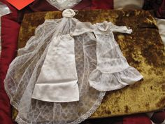 VINTAGE SINDY BEAUTIFUL BRIDE WEEDING OUTFIT 1977 REF 44398   10+3.95 listed