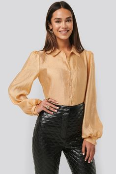 Na-kd Structured Organza Balloon Sleeve Blouse - Yellow,gold Blouse Sexy, Gold Blouse, Sexy Bluse, Satin Blouses, Jean Outfits, Winter Outfits, Leather Pants, Bell Sleeve Top, Womens Fashion