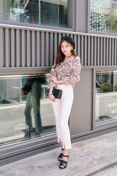 Pin by brooks rachael on korean clothes in 2019 корейская мо Korean Fashion Teen, Korean Street Fashion, Korea Fashion, Asian Fashion, Skirt Fashion, Fashion Outfits, Fashion Trends, Casual Outfits, Summer Outfits