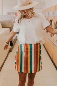 Mar 2019 - Trendy bottoms from our closet to yours. Casual Summer Outfits, Boho Outfits, Skirt Outfits, Cute Outfits, 90s Fashion, Fashion Outfits, Fashion Trends, Fashion Quiz, Petite Fashion