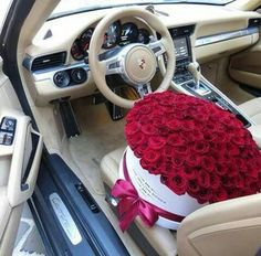 A #beautiful #romantic #gift for the #person who have your #heart : #bouquet of #red #roses, which describe #passion and #precious #love. #photography #flowers #redflowers #redroses #passionatelove #preciouslove #bouquetofroses #bouquetofredroses #car #romanticgift #cutegift #lovegift #feelings #strongfeelings #petals #thorn #inspiration #beauty #happiness #nature 🌹