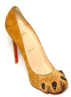 Rawwwrrr!  For the lioness in me.  Love Louboutin's Alex pump.
