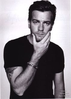 Yes. Yes. Yes. Ewan McGregor.   Best Male Actor contender for The Impossible.   Also the man of my dreams. Umph.