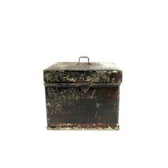 Antique Tin Spice Box Primitive Farmhouse Decor FREE