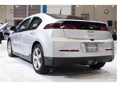 2014 Chevrolet Volt: 2014 Chevrolet Volt 12
