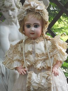 A very beautiful French Jumeau BeBe called Bebe Reclame and special sold at the 19th. century at the Paris department stores as well Samaritaine ,