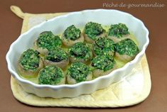 Mushrooms stuffed with snails – Sin of gluttony – Car stickers Fingers Food, Cocktails And Canapes, Mini Burgers, Hors D'oeuvres, Just Cooking, Low Carb Diet, Yummy Appetizers, Fish Recipes, Entrees