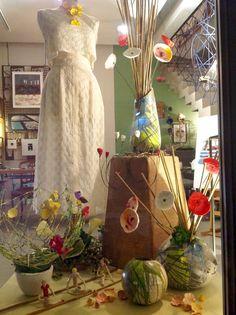 Raku and wedding flowers