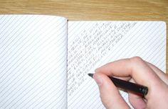 Eu ia AMAR um caderno assim, pois adoro escrever de lado: Slant-ruled notebook by Matt Brown