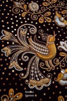 """Фрагмент вышитого  панно в русском стиле """"Райский сад"""", 2014-2015.  Фото без музейного стекла. Золотное шитьё.Gold embroidery"""