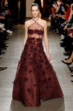 Oscar de la Renta autumn/winter 15 show collection pictures | Harper's Bazaar #fashion #style #fashionista