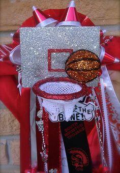 basketball mum made by Belen Sigala