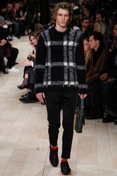 Christopher Bailey presented his Fall/Winter 2016collection for Burberryduring London Collections Men.