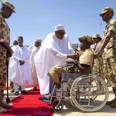 Ekpo Esito Blog: Buhari visits Nigeria troops in Yola, honours 3 so...