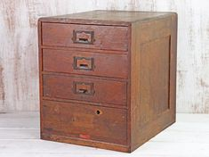 This lovely oak Japanese chest of drawers is an original home filing cabinet that will add a touch of tradition to any room. Wooden Storage Boxes, Cupboard Storage, Wooden Boxes, Vintage Display, Vintage Storage, Wooden Toy Chest, Wooden Memory Box, Wardrobe Sale, Wooden Trunks