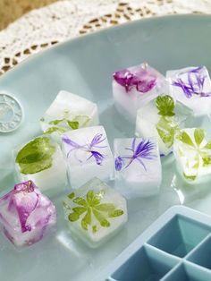 Mit Eiswürfeln und Kunsteis dekorieren wir unsere Räume. Daraus kann man mehr zaubern, als Ihr denkt!