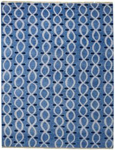 Infinity Rug in Steel Blue from @hableconst uses pattern and color to enhance the sophisticated design! #CapelRugs