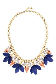 Add a pop of color with turquoise stones with the Malia Statement Necklace. Find this statement necklace & more with Stella & Dot. Shop at www.stelladot.com/nicolecordova