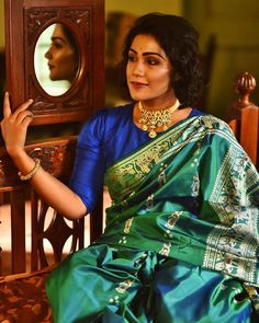 Stunning Baluchari silk in blue-green avatar. Standout feature of this saree is its intricate zari work with meenakari. Wear for a look that's truly different and memorable! Kanakavalli Sarees, Baluchari Saree, Banaras Sarees, Sari, Saree Poses, Ethnic Sarees, Indian Sarees, Royal Blue Saree, Blue Silk Saree