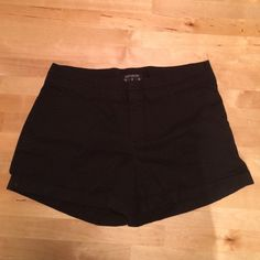 Black shorts This cotton shorts are so comfortable and can be dressed up or down! Cotton On Shorts