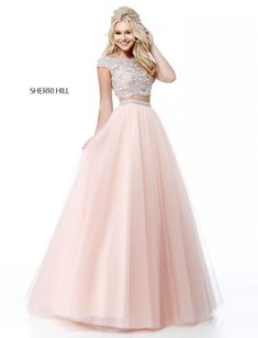 8c04dd37e0 Sherri Hill has a range of beautiful prom dresses to fit your style