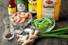 Stir-fried Clear Cassava Noodle with Shrimps
