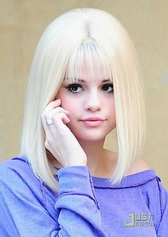 Hot Disney Actresses | Selena Gomez & The Scene hot blonde wig Round & Round HD HQ pix
