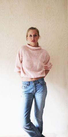 www.lokal-osl.no Knitwear Fashion, Handmade Clothes, Turtle Neck, Oslo, Clothes For Women, Jeans, Sweaters, Knitting Ideas, Silhouettes
